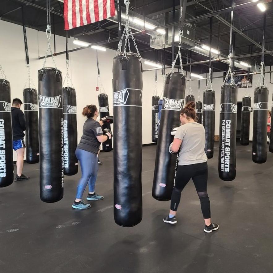 fitness boxing at muay thai gym in lenexa kansas